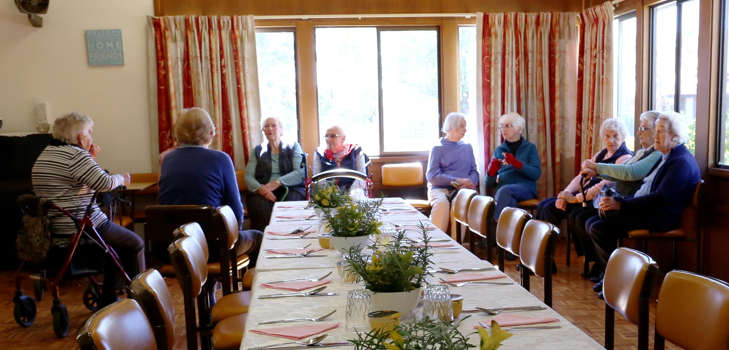 inverell meals on wheels socialise