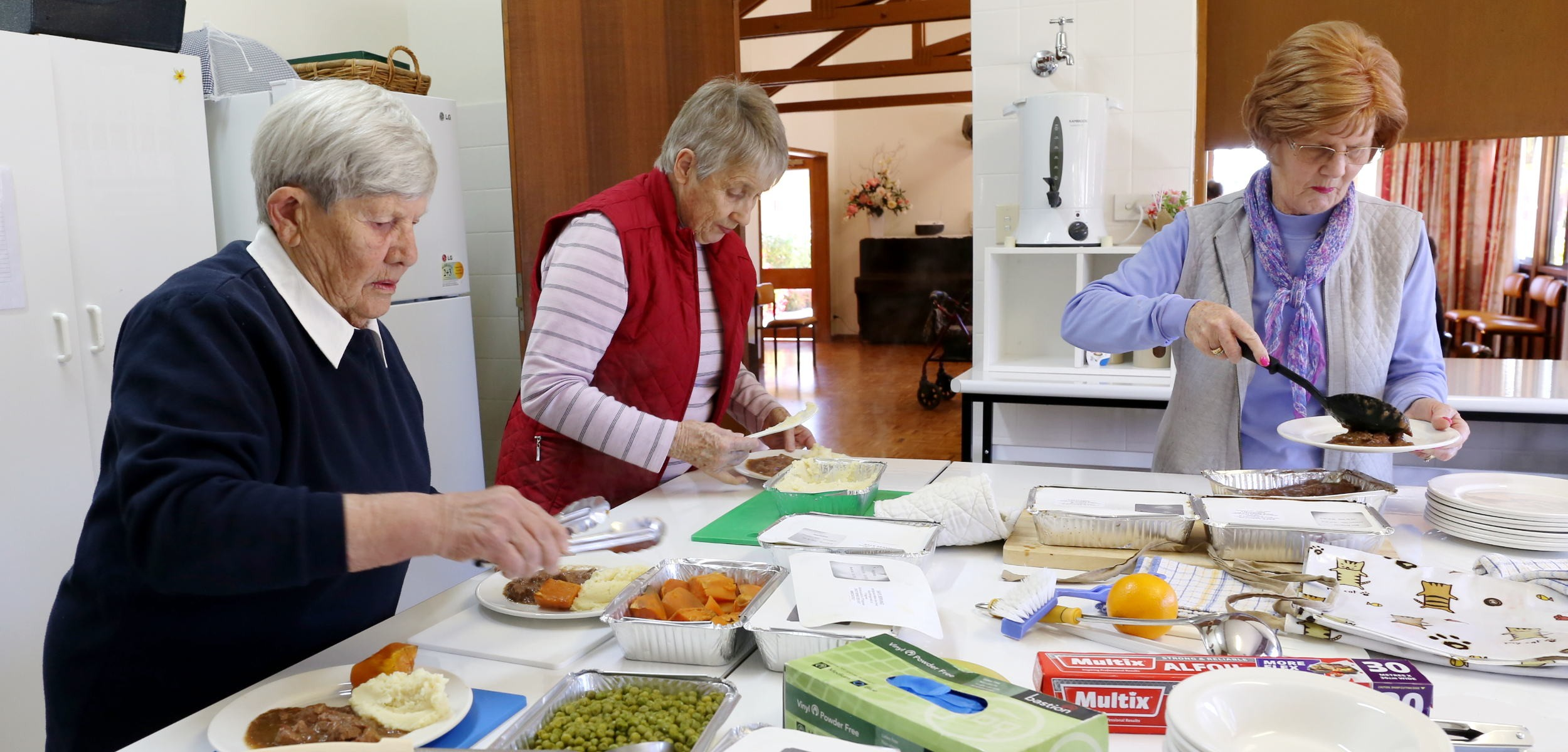volunteer inverell meals on wheels